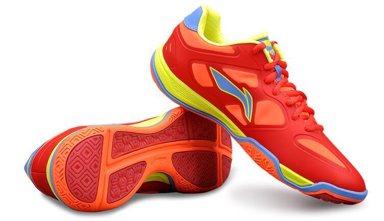 羽毛球鞋和跑步鞋的区别